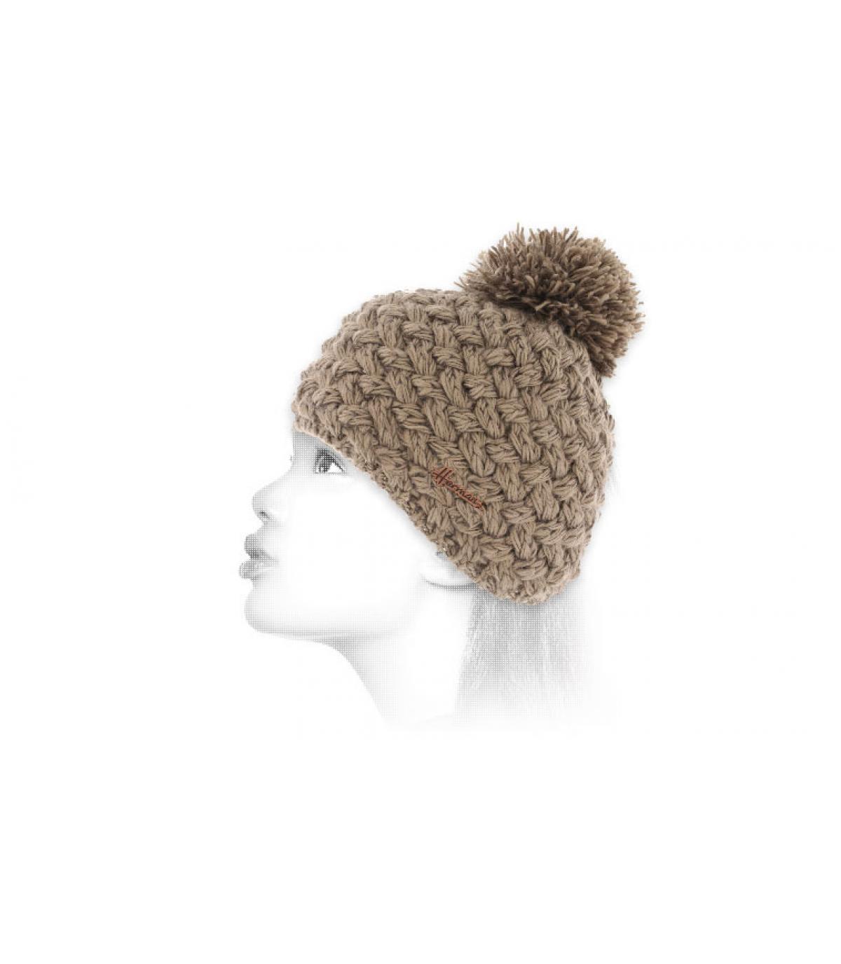 bonnet beige laine pompon