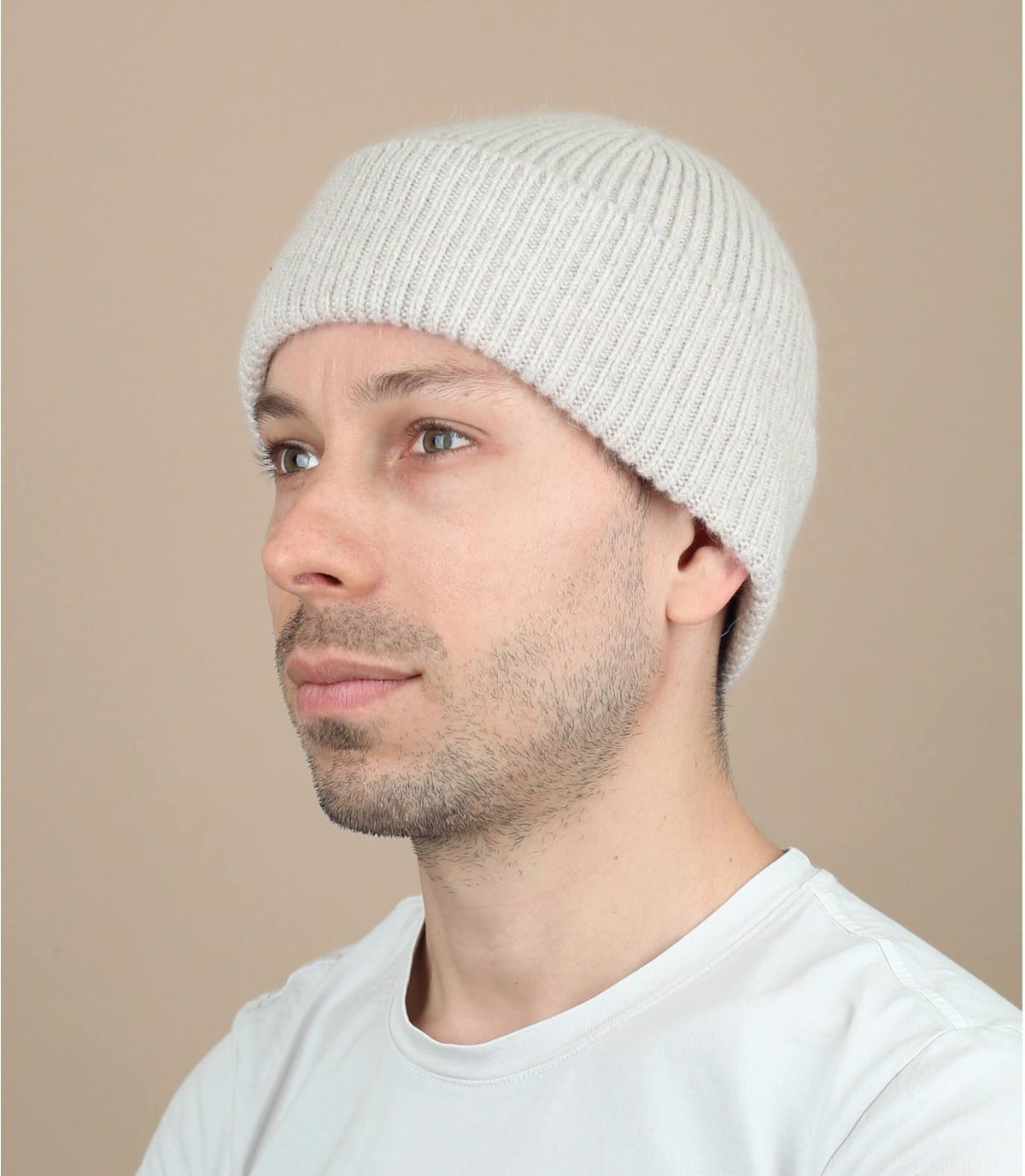 bonnet revers laine angora beige