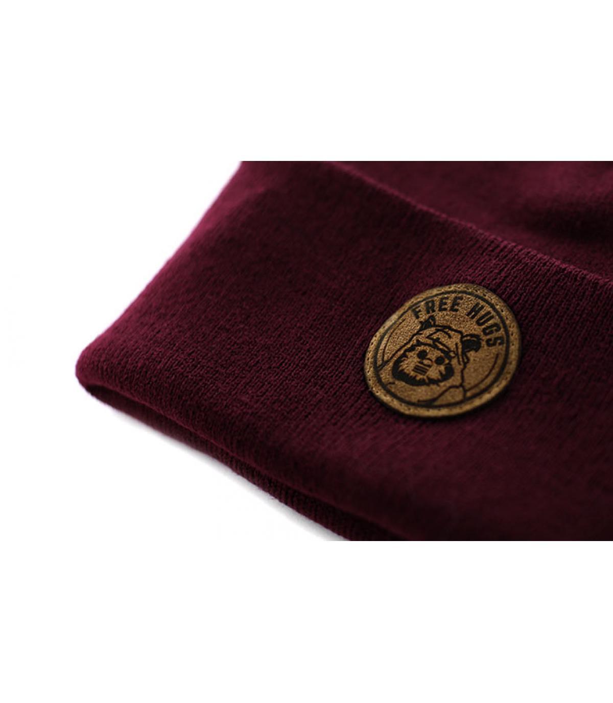 Détails Bonnet Free Hugs burgundy - image 3