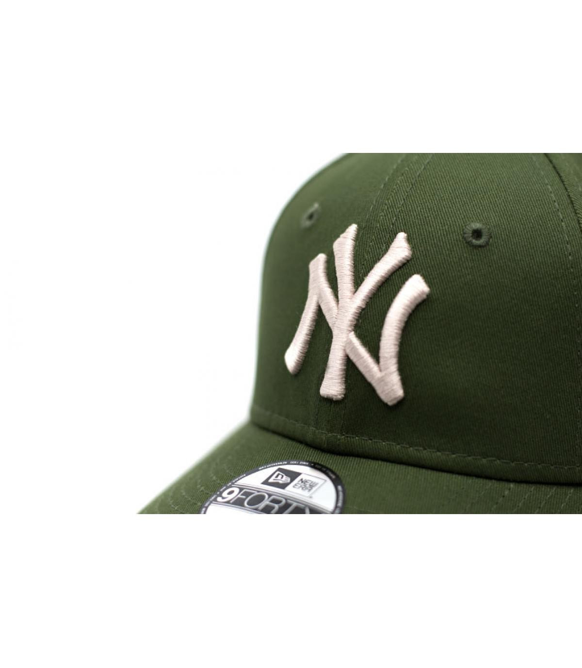 Détails CasquetteLeague Ess 9Forty NY rifle green stone - image 3