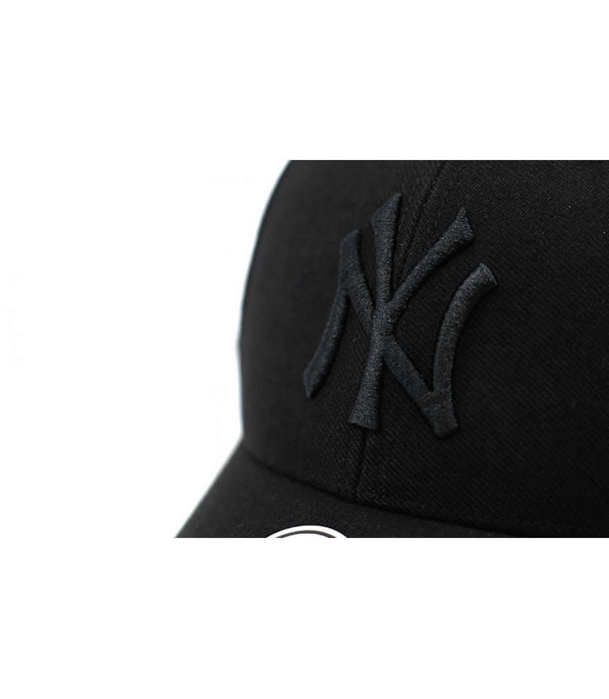 Détails MVP NY snapback all black - image 3