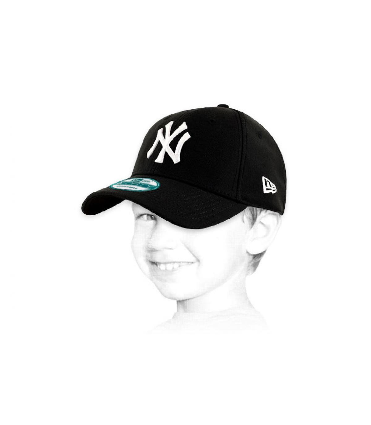 Détails Casquette NY 9forty noire enfant - image 2
